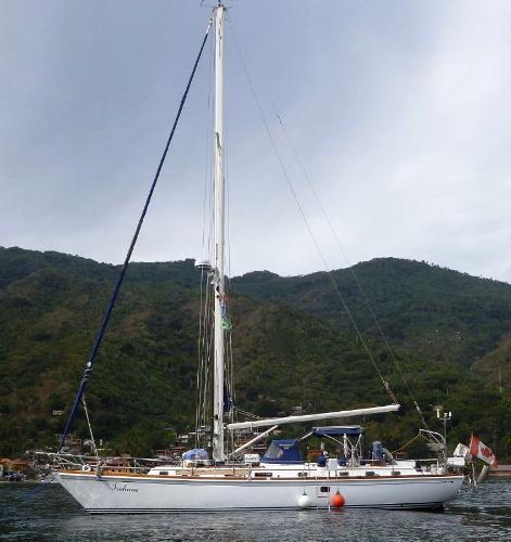 Bristol 47.7 Cutter At Anchor