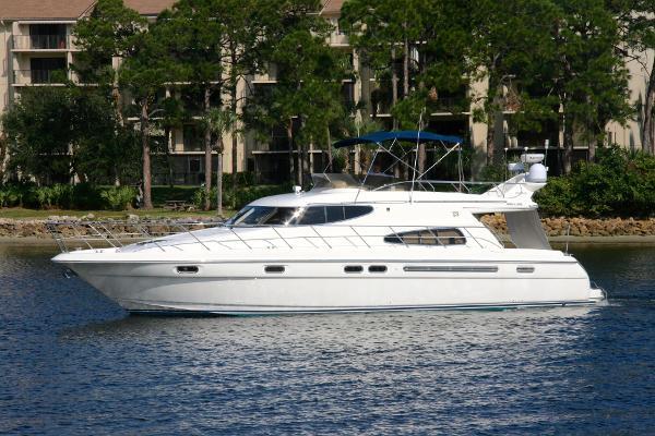 Sealine Sports Cruiser