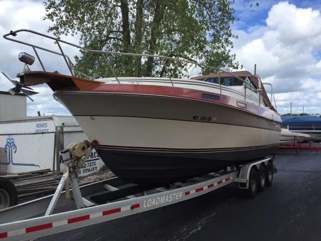 Cruisers Yachts V66