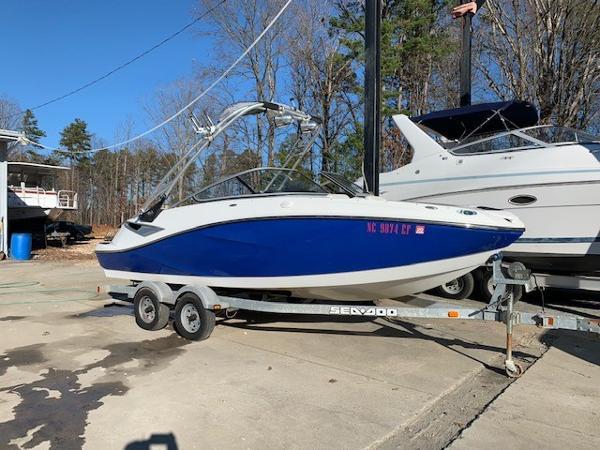 Sea-Doo Sport Boats 210 Challenger SE W/TWR