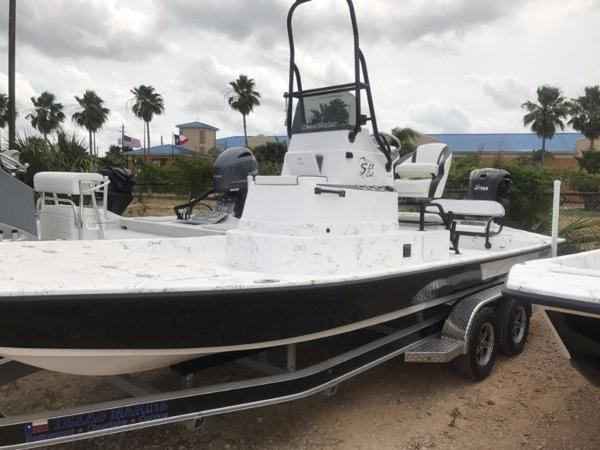 Shoalwater Boats 23 CAT DLX