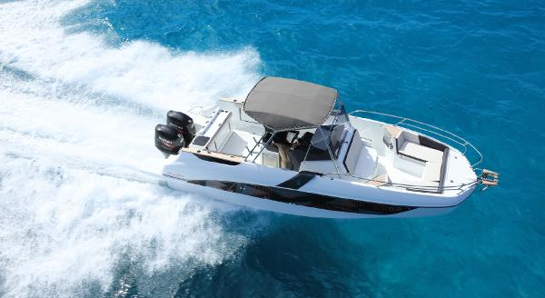 Beneteau Flyer 8.8 Spacedeck Manufacturer Provided Image: Manufacturer Provided Image