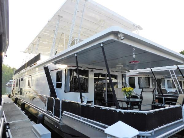 Stardust Cruisers 16' x 75' Houseboat