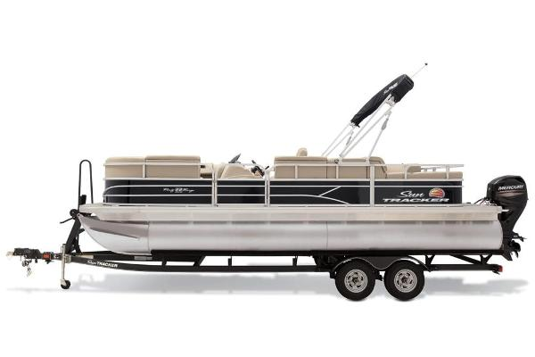 Sun Tracker Party Barge 22 RF DLX