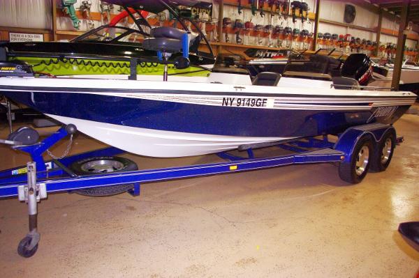 Champion Boats 20