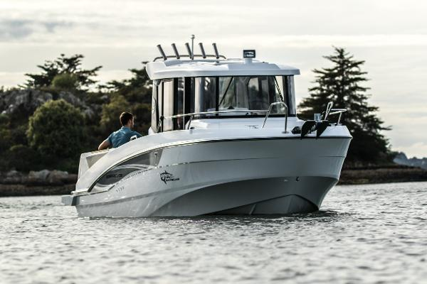 Beneteau Barracuda 7 Manufacturer Provided Image