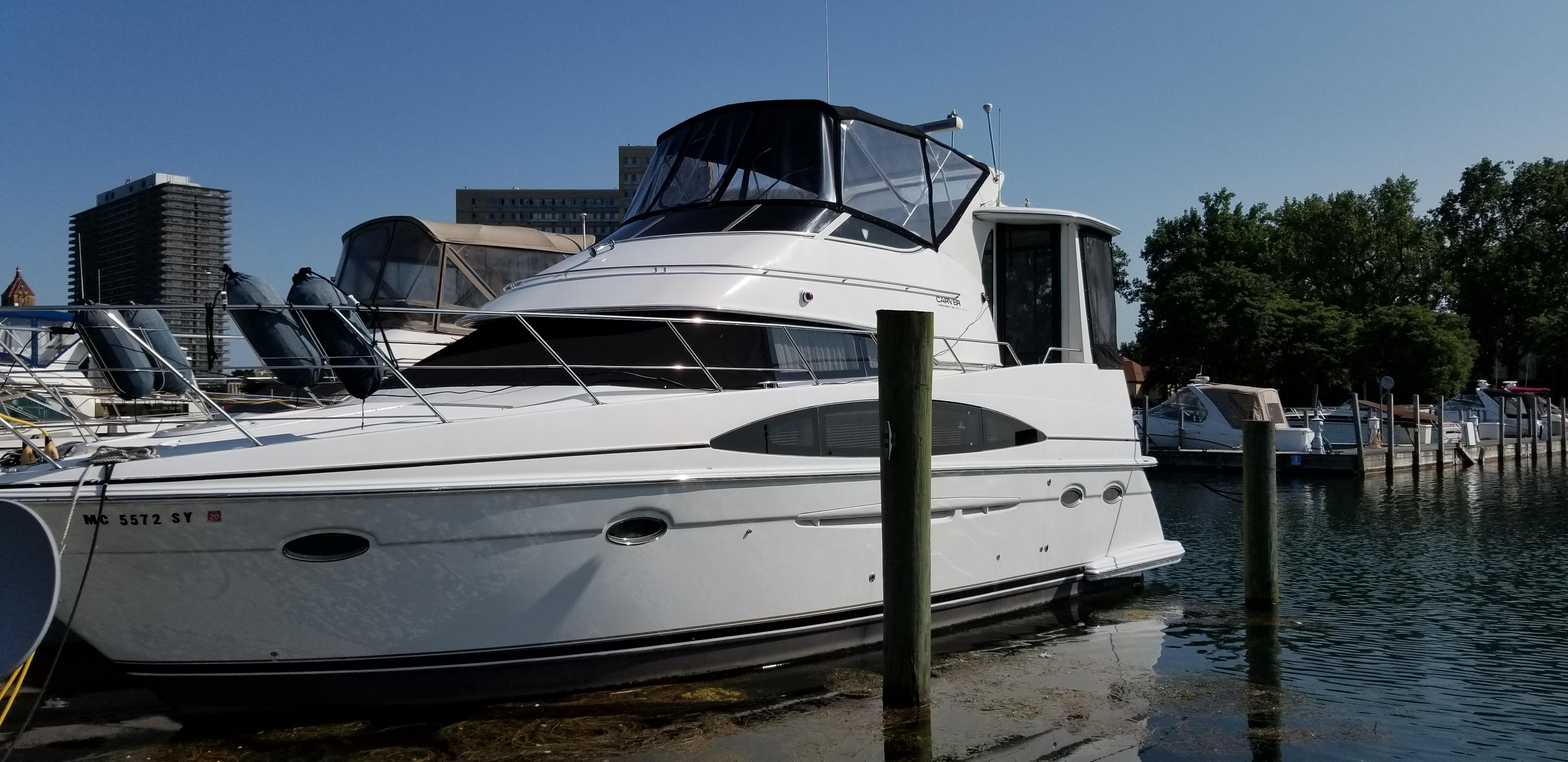 Carver 396 Motor Yacht 2000 Carver 396 Motor Yacht