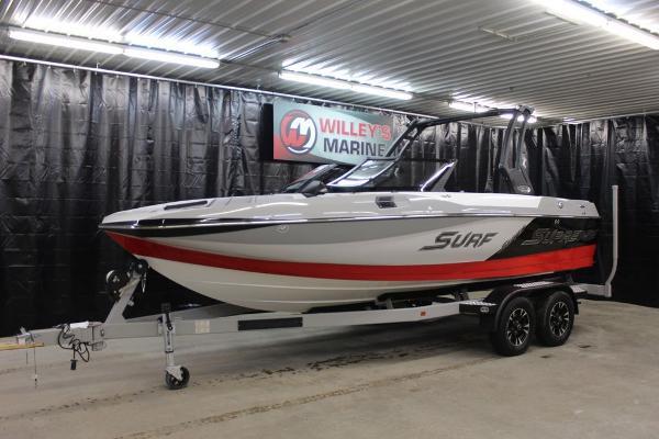 Supreme Boats S211
