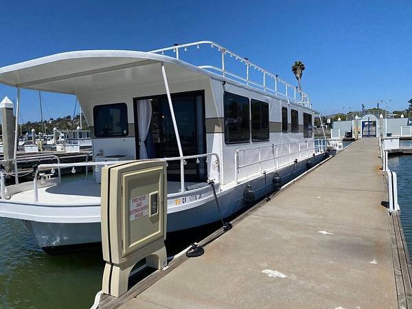 Skipperliner Fantasy Houseboat