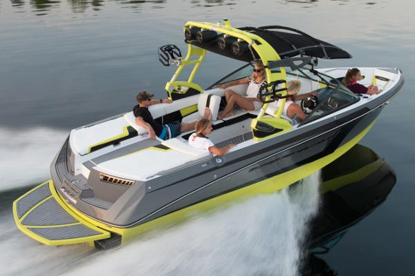 Nautique Super Air Nautique 230 Manufacturer Provided Image