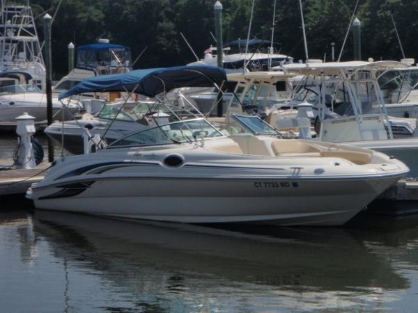 Sea Ray 2001 24 Sundeck