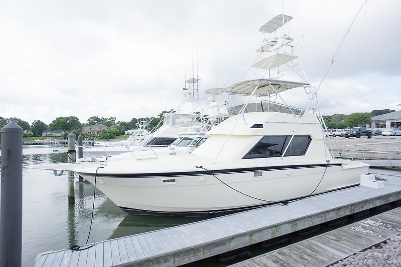 Hatteras 41 Convertible w/ Cummins power
