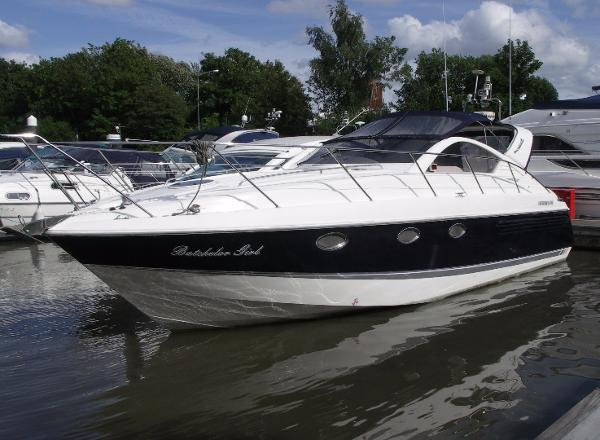 Fairline Targa 37 Fairline Targa 37- Batchelor Girl
