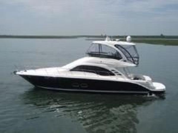 Sea Ray 500 Sedan Bridge PORT UNDERWAY