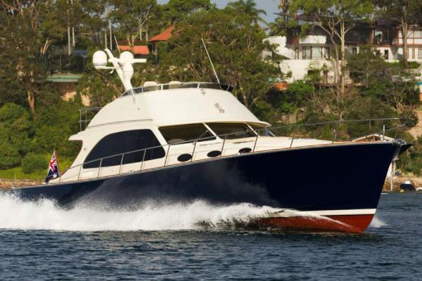 Palm Beach Motor Yachts PB65
