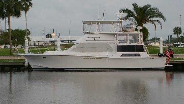 Chris-Craft 480 Catalina