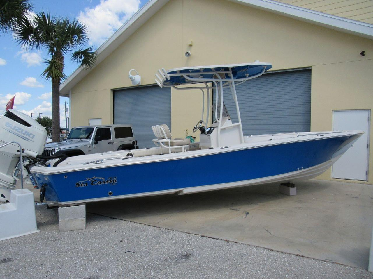 Sea Chaser 26 LX Bay Runner