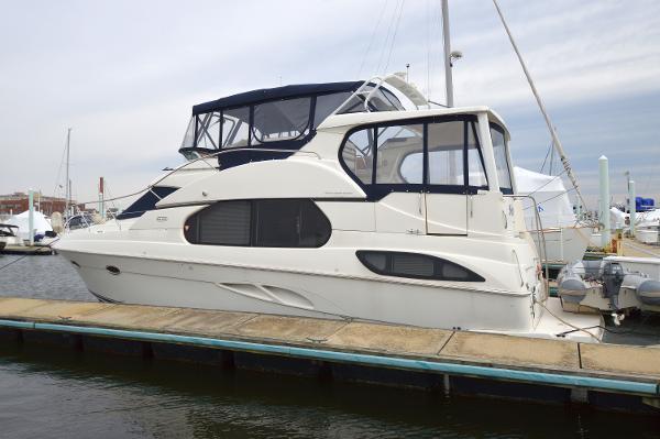 Silverton 43 Motor Yacht 43 Silverton Profile