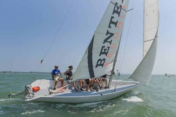Custom Corporate Sailing SL Tom 28 Ceccarelli Tom 28 - 5