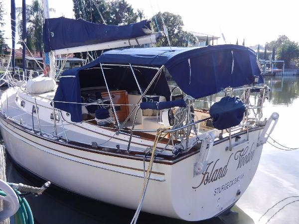Island Packet 38 Bimini