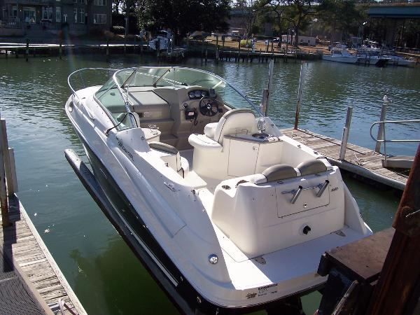 Sea Ray 240 SUNDANCE