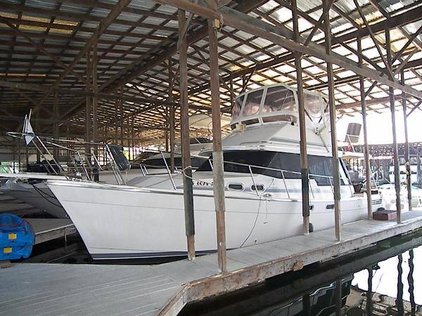 Bayliner 3288 Motoryacht Main photo
