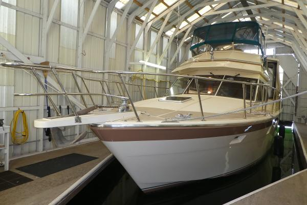 Hi-Star Cockpit Motor yacht