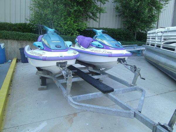 Yamaha WaveRunner Two Waverunners w/Trl