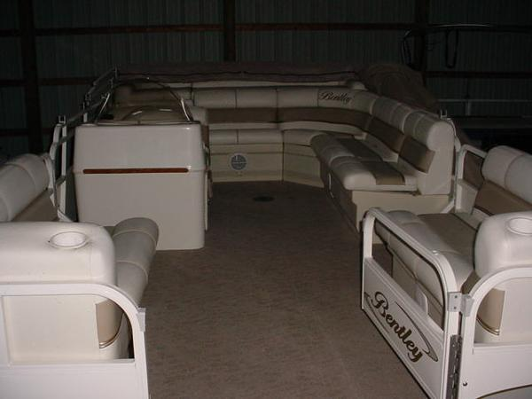 Bentley Pontoons 240 Fish