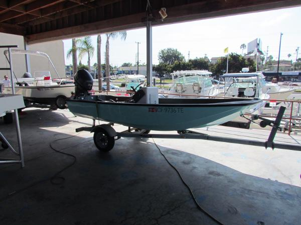 Boston Whaler 13 Sport Profile view