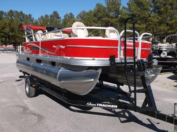 Sun Tracker BASS BUGGY 18 Signature Series