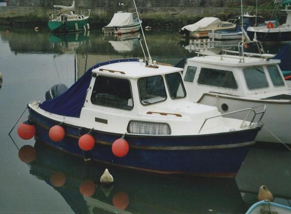 Windboats Hardy Pilot 20