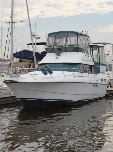 Silverton 34 Motor Yacht Silverton 34 Aft Cabin Motor Yacht Profile