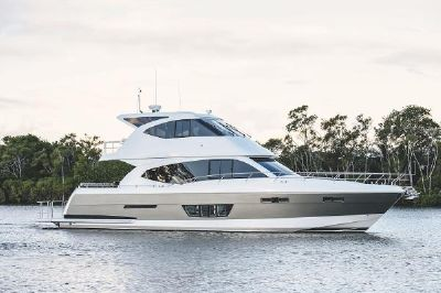 Whitehaven 6000 Flybridge