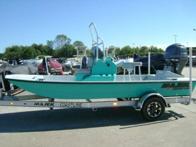 Majek Boats 18 Redfish Line