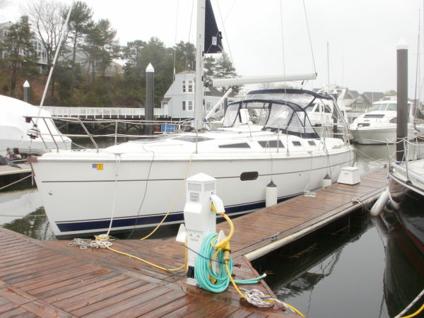Hunter 356 Docked Portside
