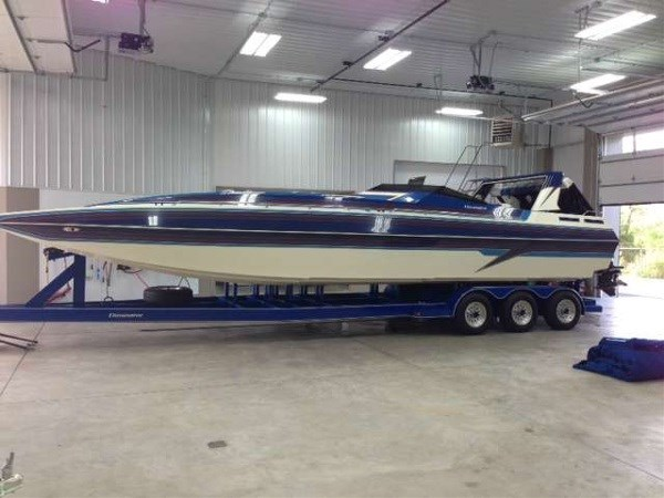 Eliminator Boats 32 Daytona