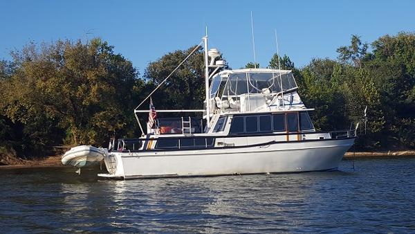 Californian 42 LRC 42' Californian starboard profile
