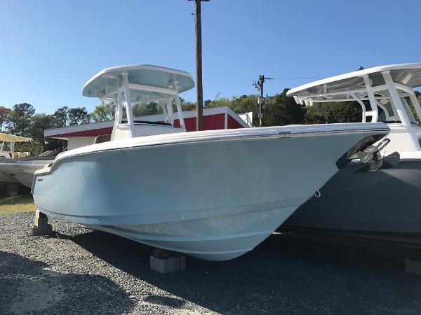 Tidewater Boats 252 LXF In Stock Boat
