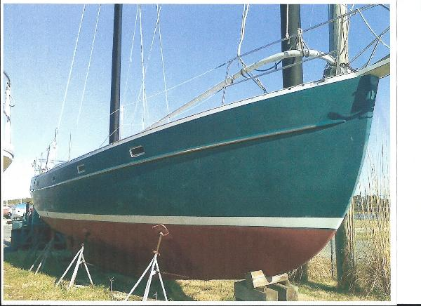 Mach I-freedom Boats Cat Ketch Starboard Bow
