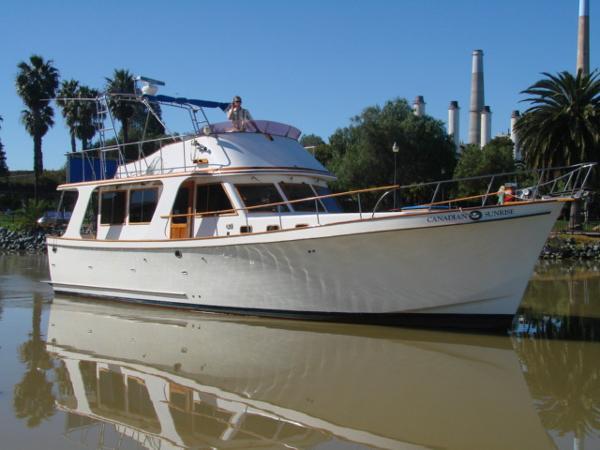 CHB Europa Sedan Trawler Starboard Side