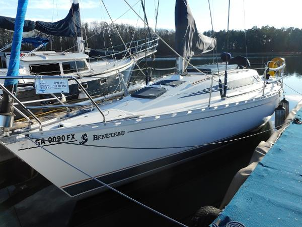 Beneteau First 305 Port View at Dock