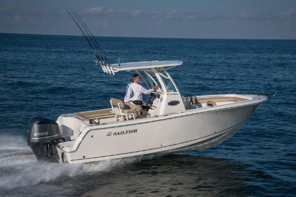 Sailfish 241 CENTER CONSOLE