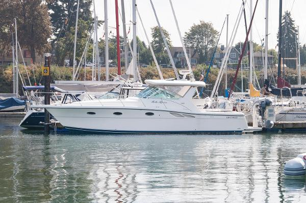 Tiara 3500 Open Summer Moorage