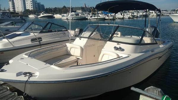 Grady-White Freedom 225 Port Side I