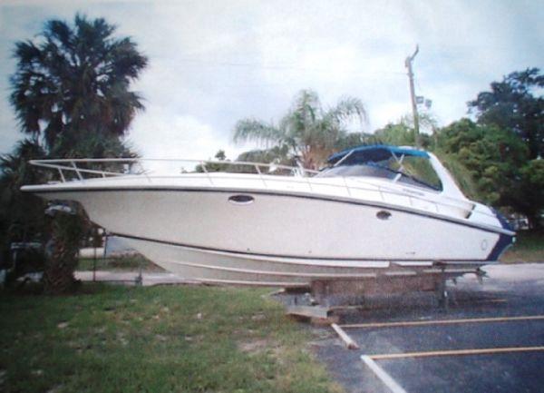 Fountain 38 Express Cruiser