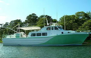 Breaux Bay Craft Custom Crew Boat Photo 1