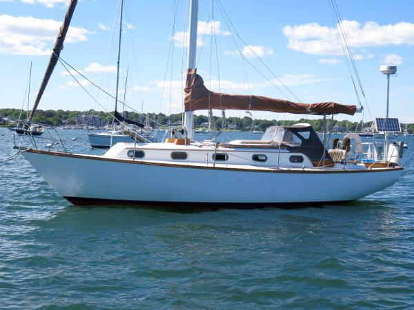 Cape Dory 33 Cape Dory 33 Further Hull profile 2016