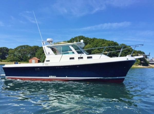 Albin 28 Tournament starboard profile