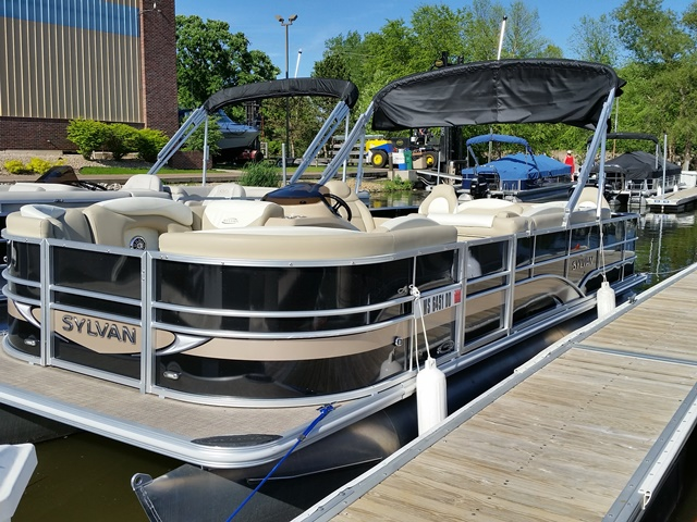 Sylvan 8522 Cruise-n-Fish